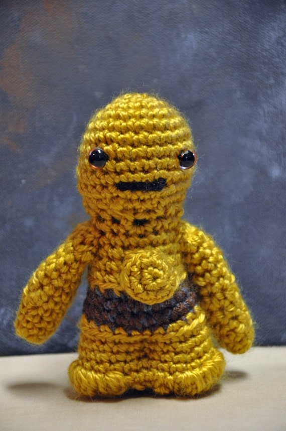 C-3PO AMIGURUMI Crochet Yarn Star Wars Doll