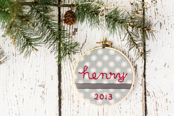 Christmas Hoop Art / Tree Ornament - Personalized Embroidery - Gray Polka-Dots and Gros Grain Ribbon