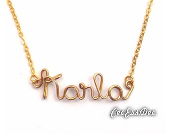 Wire Name Necklace in Gold