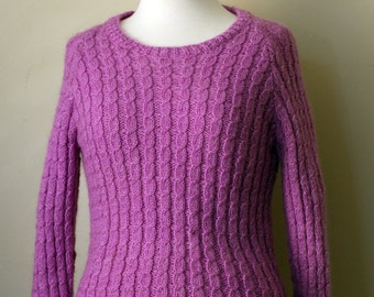 Vintage 1970s 1980s Orchid Purple Cable Knit Wool Sweater Jumper