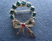 Vintage Signed EISENBERG ICE Rhinestone Wreath Brooch/Pin - Christmas!