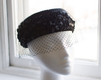 1950's Birdcage Pillbox Hat