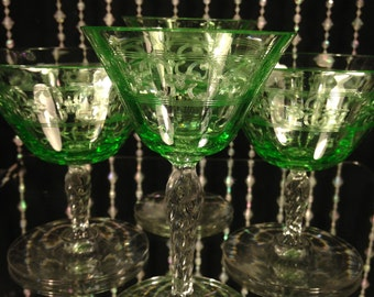 Vintage Vaseline Aperitif Glass Set (4)