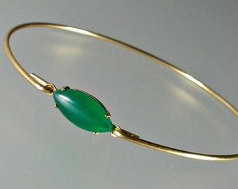 Green Bracelet, Emerald Green Glass Gold Bangle Bracelet, Gold Bracelet, Green Bangle, Green Jewelry, May Birthstone (G131G,)