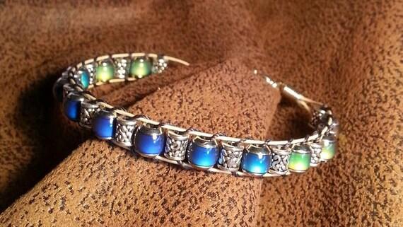 guitar string bracelet with mood beads. Black Bedroom Furniture Sets. Home Design Ideas
