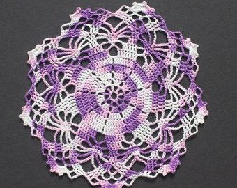 "7"" Shaded Purples Rainbow Star Doily"