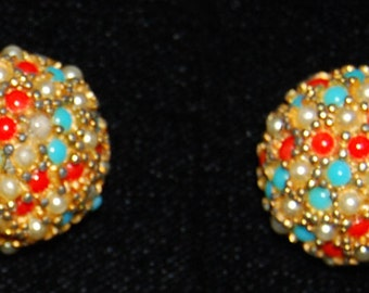 signed hattie carnegie earrings