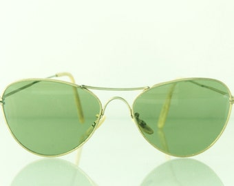 Great pair of 1940's aviator sunglasses, green lenses, The Mission