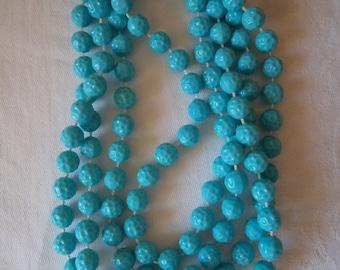 Vintage  Flapper Turquoise Plastic Bead Necklace