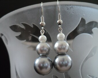 McKenzieA Simulated Pearl Dangle Earrings