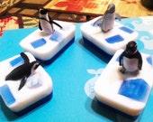 Polar animal soaps w/Toy Set of 4
