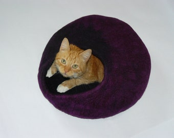 Felted Cat Cave  Heather  / Cat House/ Cocoon / Cat Den and GIFT