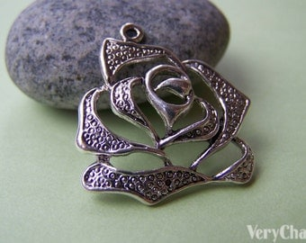10 pcs of Antique Silver Filigree Rose Flower Charms 29x30mm A963