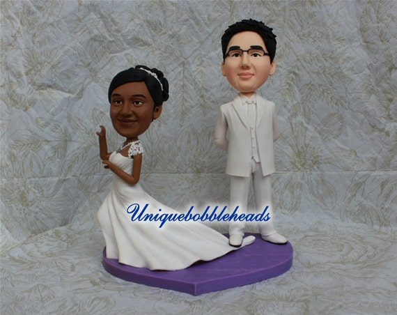 wedding cake toppers that look like bride and groom running away wedding cake toppers look like you personalzied 26608