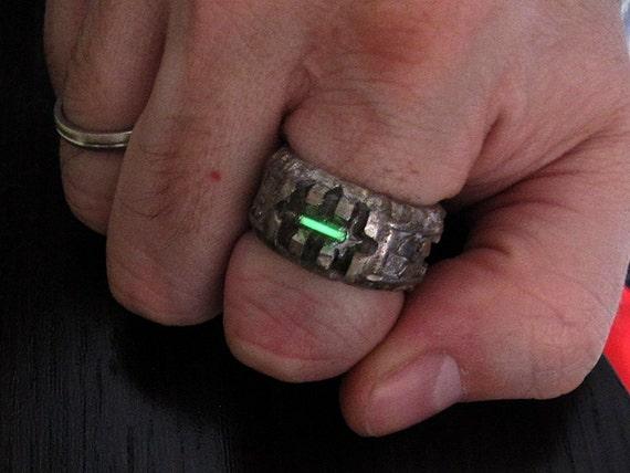 Tritium Bane Ring US size 875 Green