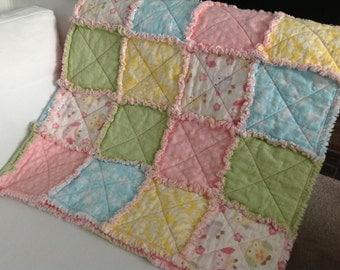 Woodland girl rag crib quilt