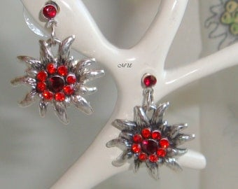 Earrings with edelweiss and paste red