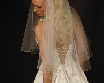 Wedding veil/bridal veil with silver pencil edging. 2 layers wedding veil 30/34 length.