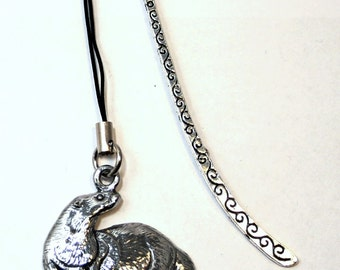 Otter Bookmark in English Pewter, Handmade, Gift Boxed (ae1) .
