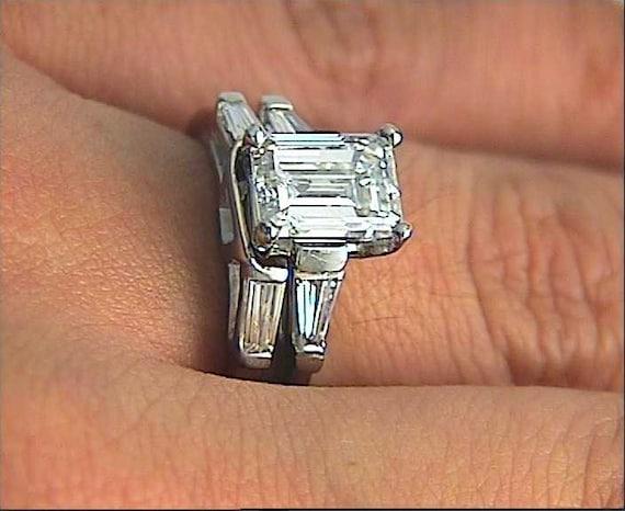 SHOW ME YOUR EMERALD CUT 1.00-2.00 CARAT CENTER STONE DIAMOND RING! please:)