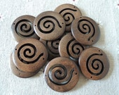 12 Pcs 30mm  Pretty Spiral Original Wooden Round Charm Pendant 2holes (W454)