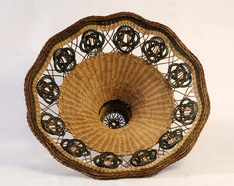 Woven lampshade basket, decorative lighting