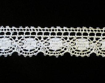 "507.1 Metallic lace trim - ""Eye"" - 1"" (25mm)"