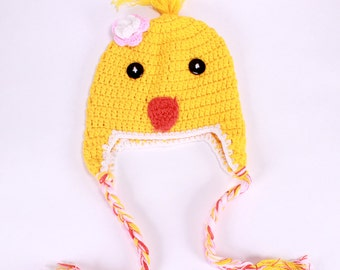 CuTe As A BuTtOn CrOcHeTeD YeLLoW ChiCk HaT