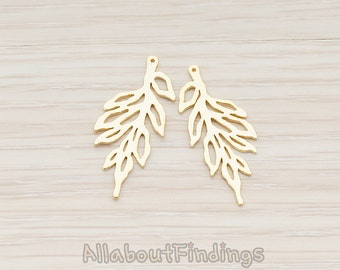 PDT424-MG // Matte Gold Plated Spike Twig Pendant, 2 Pc