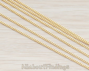 CHN023-G // Glossy Gold Plated Flattened Curb Chain, 1 Meter.