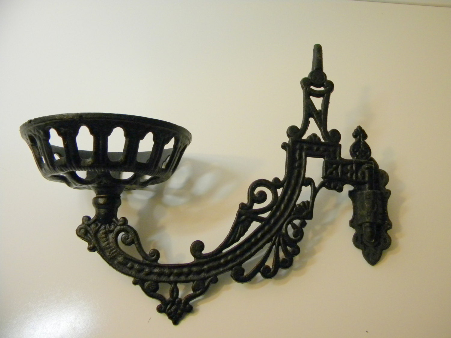 Vintage Cast Iron Oil Lamp Wall Sconce by TGALCOLLECTIBLES on Etsy
