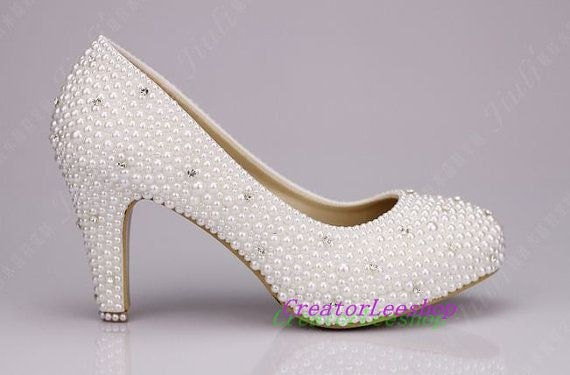 Wedding Shoes ivory 3 inch closed toe Bridal by CreatorLeeshop