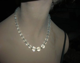 1950's crystal necklace - beautiful, sparkly graduated crystal bead necklace