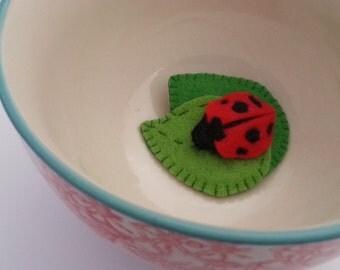 Ladybird on Leaves - Hair clip