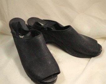 Vintage LA 80's Black Clogs