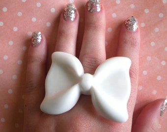 Cute Large Kawaii White Resin Bow Cabochon Ring, Kitsch, Retro, Quirky, Barbie, Girly, Fashion