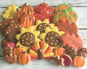 Thanksgiving / Fabulous Fall Decorated Sugar Cookies - DolceDesserts