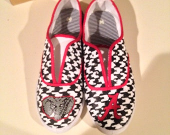 Hand Painted Alabama Shoes- NOTE: Personalized to any design, college, or character(s) you want