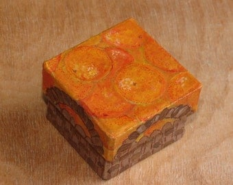"""A small handpainted paper mache box """"Basket of Oranges"""""""
