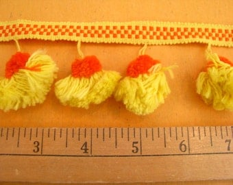 Vintage 1950's Pompom Sewing Trim Orange and Yellow