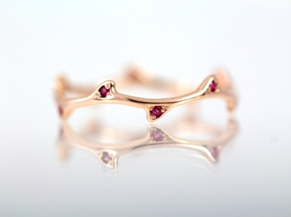 Solid 14k gold with genuine natural rubies thorn ring