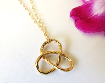 Gold Knot necklace, knot necklace,  knot pendant, gold infinity necklace, gordian knot