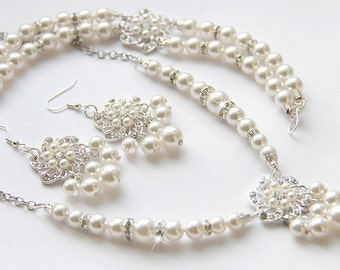 Bridal Jewelry Set, White Swarovski Pearl Bridal Jewelry Set, Pearl Necklace Earrings Bracelet Set,  art. 143 Fiocco di Neve