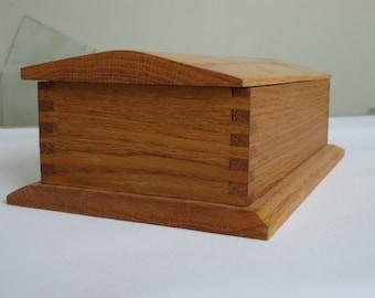 Oak  Keepsake Box