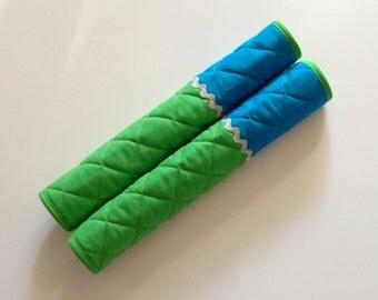 Reversible Refrigerator Handle Covers - Light Green Flowers