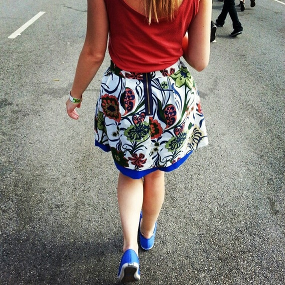 Double Layer Kathryn Skirt with Floral Pattern/Blue with Exposed Zipper