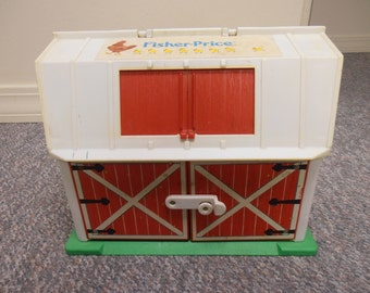 Vintage 1986 Fisher Price Little People Barn