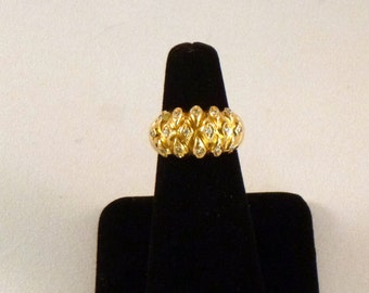18k Diamond Pillow Special Occasion Ring - EB016