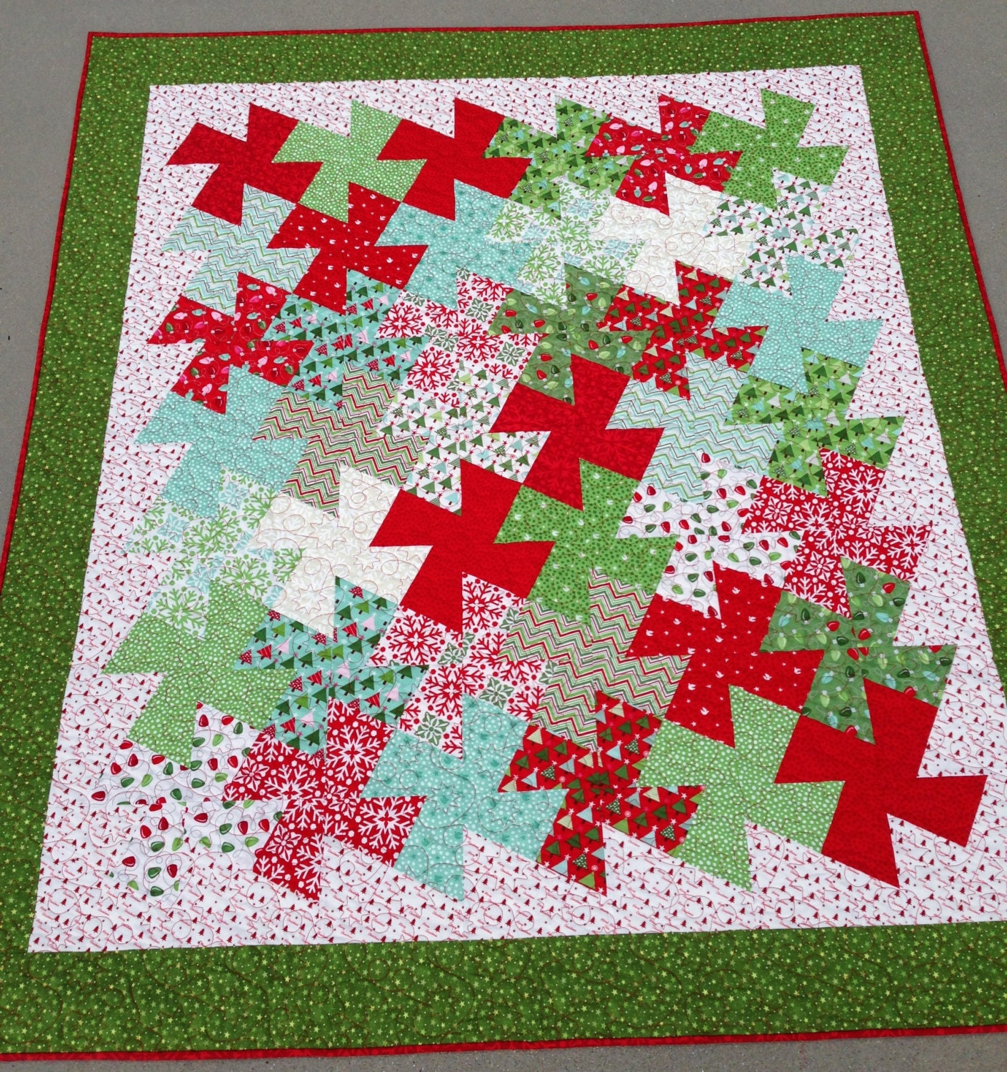 Twister Quilt Pattern Directions : Finished Christmas Twister Lap Quilt