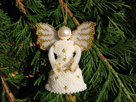 Tutorial angel christmas tree decoration by butterflybeadkits for Angel christmas tree decoration